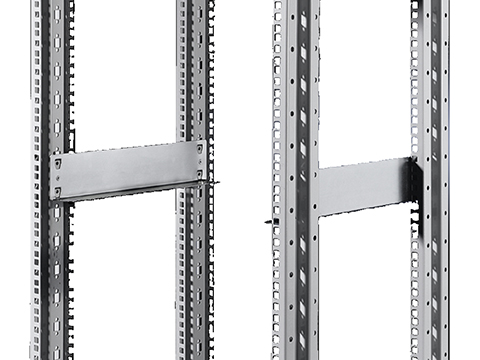 "Continuous slide rail for two pairs of 482.6 mm (19"") mounting angles"
