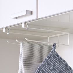 SPLUCE Hanging Shelf Towel Hanger